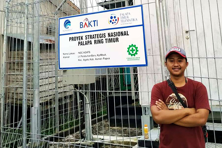 In frame: Fuad Rifai, founder and administrator of V-ber Home in Asmat, Papua | Source: Fuad Rifai
